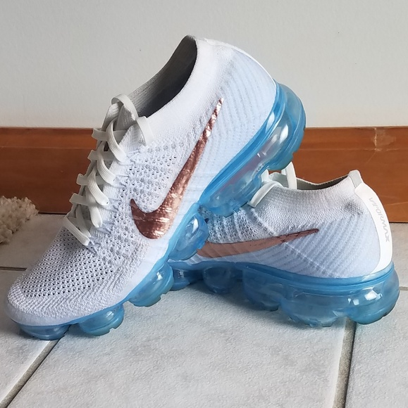 244a6b8ee81 Nike Vapormax explorer light. M 5c378db1194dad19398540f3